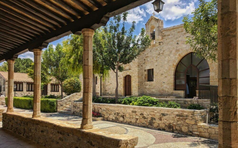 Monastyr Svyatogo Iraklidiya. Kipr 2